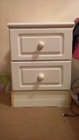 Bedside 2 drawers