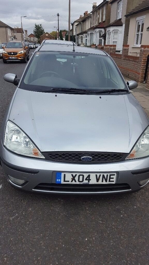 Cheap car ford focus zetec 1.6 petrol silver £395 ono