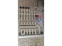 Behringer Eurorack UB1204FX - PRO mixer mixing desk 12 input FX Mic preamp
