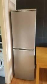 Hotpoint Fridge Freezer FFAA52 - Spares or repairs
