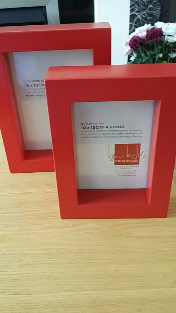 Set of 2 Ben de Lisi (Debenhams) red photo frames | in Kirkcaldy ...
