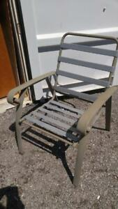 Set of 4 Metal Patio Garden Chairs Used but not abused NO Cushions 28x25x36h Outside Outdoor Yard Summer BBQ Gray Seats