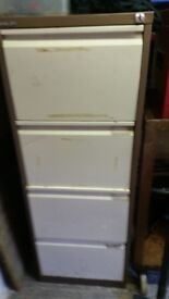 2x filling cabinets