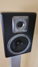 Tapco S5 studio monitors by Mackie with apollo stands
