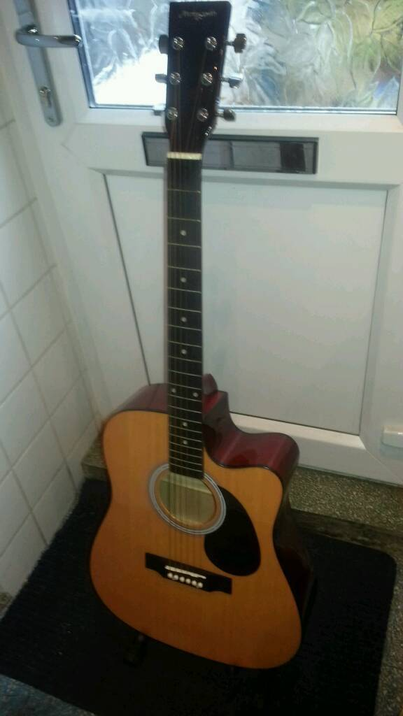 MARTIN SMITH ACOUSTIC GUITAR WITH CUT-OUT