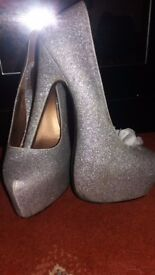 Womans sparkely heels size 5