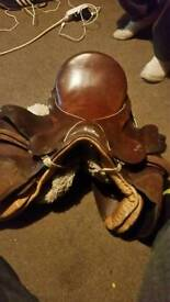 *****CHEAP LETHER SADDLE******