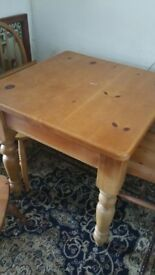 Small solid pine table and chairs upcycle project