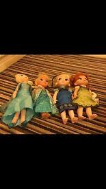 Set of Disney frozen dolls