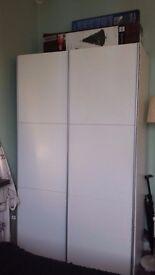 Amazing wardrobe with sliding doors