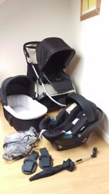 Mamas and Papas Zoom pushchair, carrycot - Travel System in black - good condition
