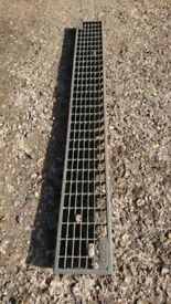 4 Aco metal driveway drainage grates