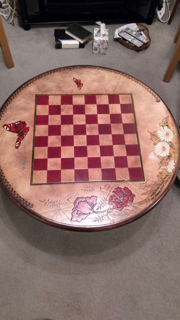Tremendous Chess Coffee Table Leather With Glass Top In St Neots Cambridgeshire Gumtree Gmtry Best Dining Table And Chair Ideas Images Gmtryco