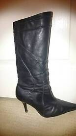Black boots size 5 river island