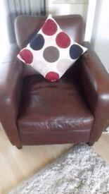 Arm/club chair - as new