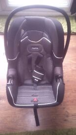 Fisher price infant carrier car seat