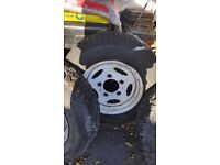 Landrover wheels and tyres free