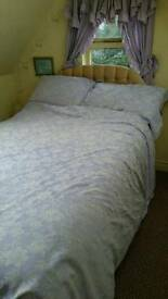 Bed 3/4 sized