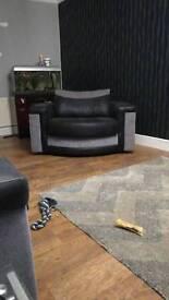 Sofa n swiffle chair n 2 setter
