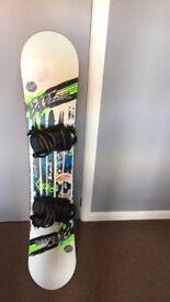 Snowboard for sale- snowboard, bindings