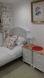 Attractive single room available, Hampden Park/Willingdon area of Eastbourne.