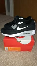 Nike Air Max 90 essential UK size 6 brand new