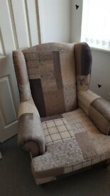 DFS Feature Armchair