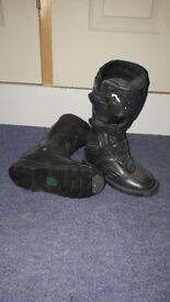 Children's moterbike/scrambling boots