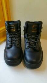 Black Dunlop Dakota Steel Toe Cap Safety Boots Size UK 6.5.