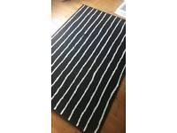Rug black/white