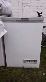 **PROLINE**CHEST FREEZER**COLLECTION\DELIVERY**BARGAIN**FULLY WORKING**HOUNSLOW**NO OFFERS**