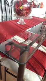 Excellent glass Dining Table + with Chairs only £90