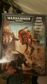 warhammer 40k tau battle force and hammer head like new