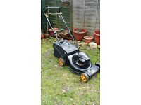 Mcculloch petrol self-propelled lawn mower