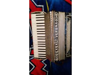 CASALI VERONA ,120 bass accordion***MADE IN ITALY **good FOR START PLAY *****