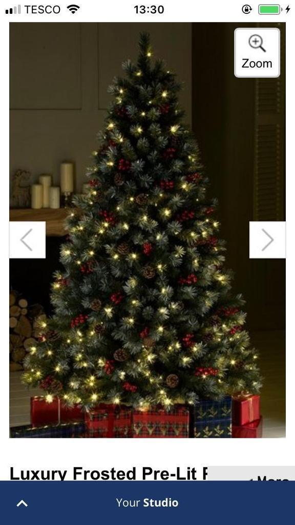 Christmas Tree frosted, Prelit, berry & pine cones 7ft - Christmas Tree Frosted, Prelit, Berry & Pine Cones 7ft In Wantage