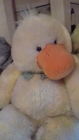 LARGE SOFT CUDDLY DUCK
