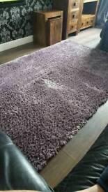 150 cm x 240 cm rug