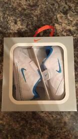 Baby Nike trainers age 3-6 months Uk 2.5