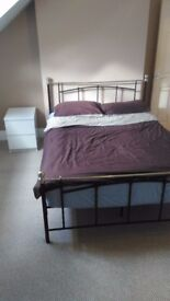 Modern Double Room Close To City Centre