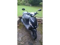 Piaggio ZIP 2T Scooter - black