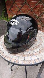 MT Flux Solid flip-up motorbike helmet in in gloss black with drop down sun visor. Small 55-56