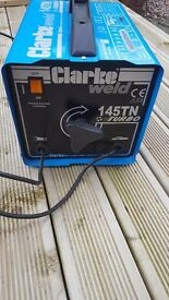Clarke welder 145tn great condition