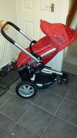 Quinny buzz pram and carrycot travel system