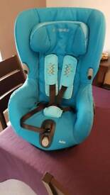 Maxi cosi axiss stage 1 car seat in excellent condition
