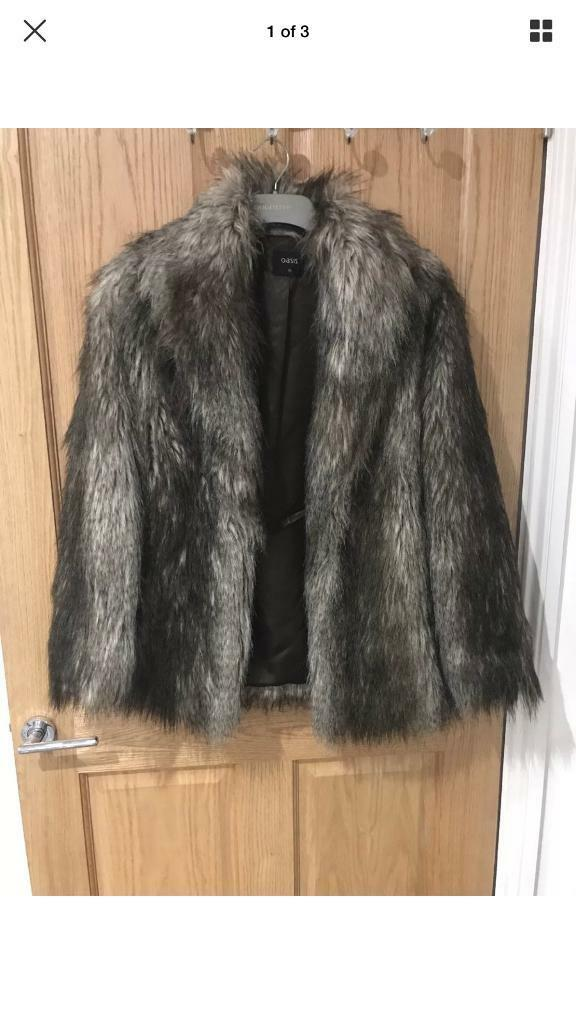 Oasis fur coat XS vgc