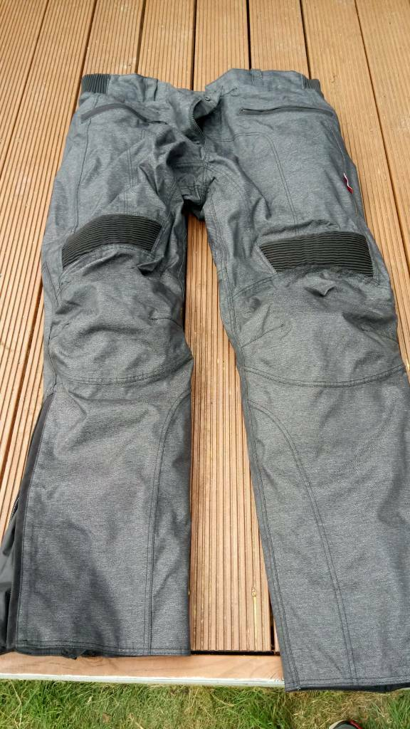 Winter motorcycle trousers large ex con