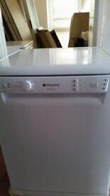 White Hotpoint Aquarius Dishwasher
