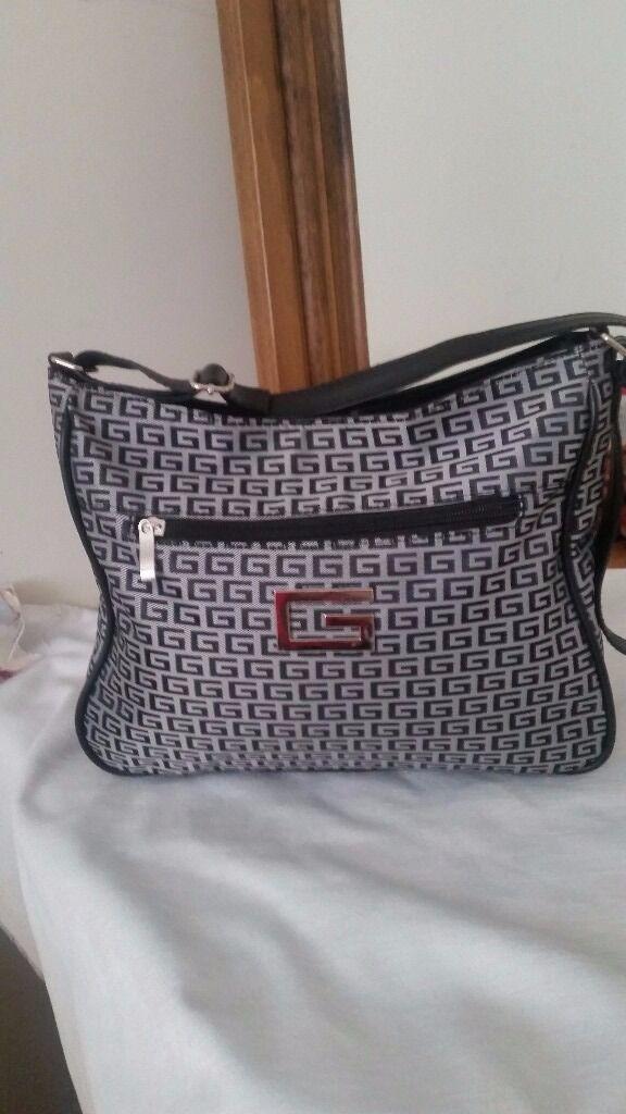 Handbag NEWin Newcastle, Tyne and WearGumtree - Handbag NEW loads of compartments Has adjustable shoulder strap from non smoking home Gosforth NE3
