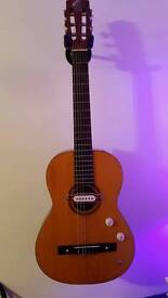 Custom Spanish/gipsy jazz guitar